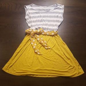 🌻 Like 🆕️ Mon Ami Mustard & Grey Dress 🌻